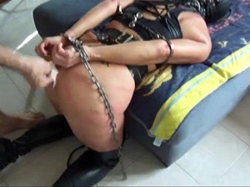 Sexo anal brutal