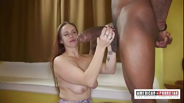 Ela não aguentou o tamanho da rola gigante